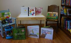 """""""Learning Colors"""" – A Library Box of Children's Books & Activities"""