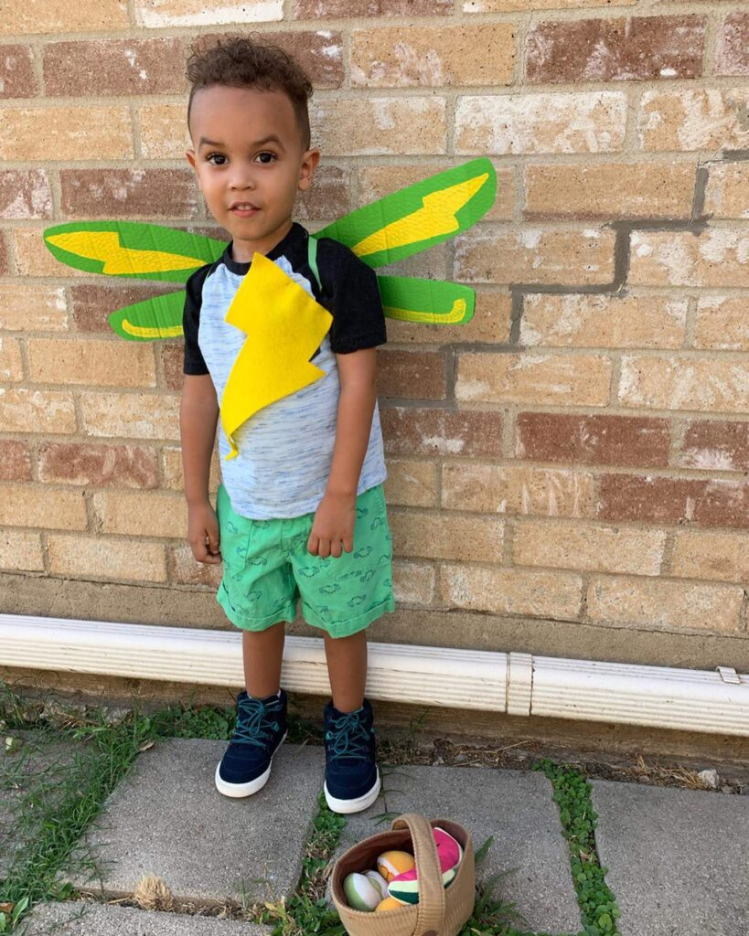 butterbean's cafe DIY Jasper wings cafe halloween costume - tiny green earthling